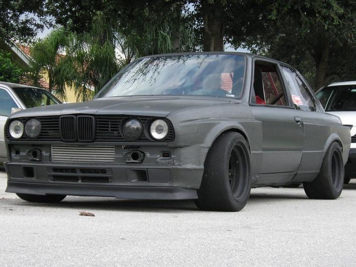 BMW E30 Tuning
