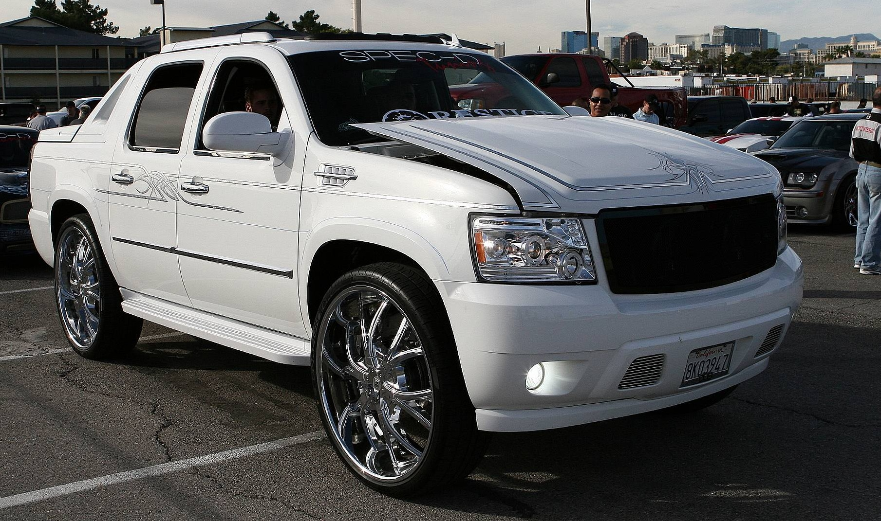 AVALANCHE Chevrolet Avalanche Custom SUV Tuning