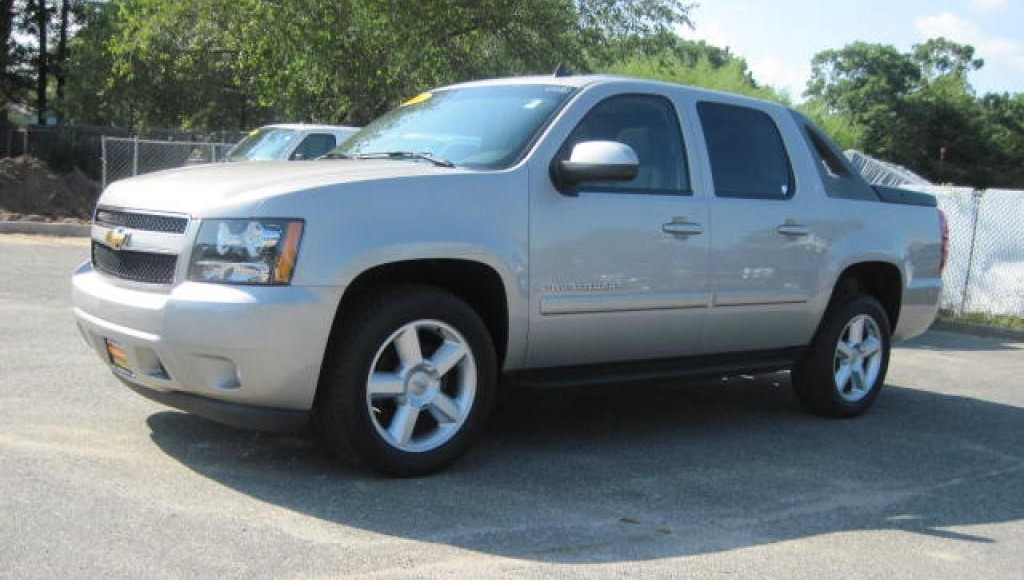 2014 chevrolet avalanche chevy quality review 2017 2018 best cars reviews. Black Bedroom Furniture Sets. Home Design Ideas