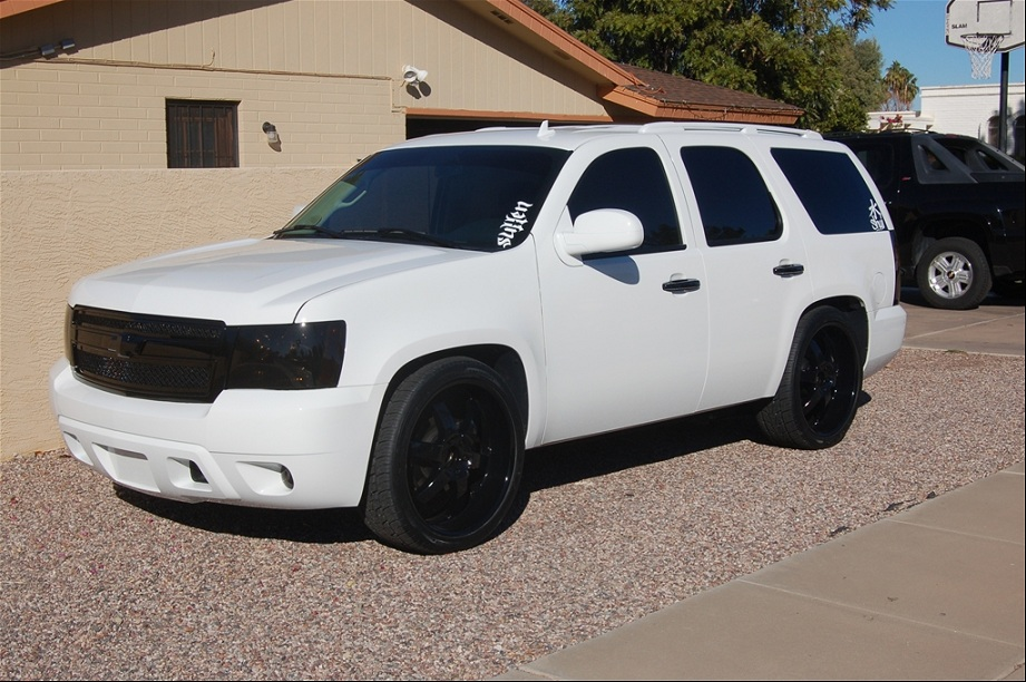 Chevy Escalade White Paint