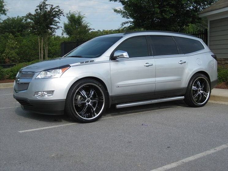 Grabiak Used Cars >> Customized Chevy Traverse | Autos Post
