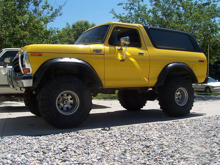 Mes autres RC - Page 13 Ford_Bronco_Custom__8595