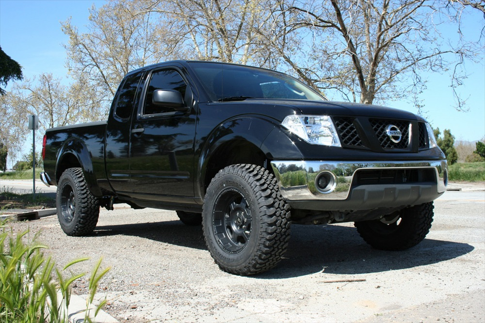 Nissan Frontier Lifted