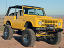Ford_Bronco_Custom__8582.jpg