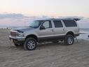Ford_Excursion_custom_15725.jpg