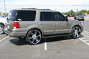 Ford_Expedition_Custom_44148.jpg