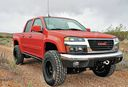 GMC_Canyon_Lifted_45.jpg
